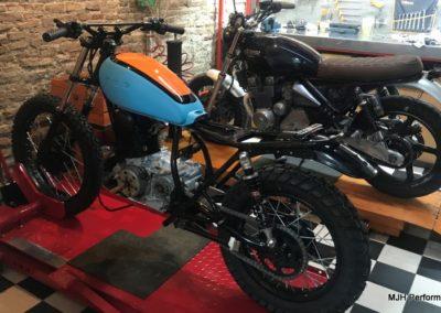 Yamaha-sr-205-3